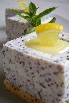 Újabb Zila-teszt: mákos joghurtkocka lemon curd-del töltve | Mai Móni