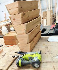 Ana White   Cedar Vertical Tiered Ladder Garden Planter - DIY Projects