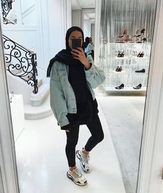 Muslim Women Fashion, Islamic Fashion, Modest Fashion, Casual Hijab Outfit, Hijab Chic, Sexy Outfits, Fashion Outfits, Modele Hijab, Hijab Fashionista