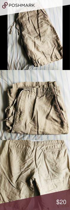 Men's Banana Republic Linen Shorts, 36 Very good used condition. Men's linen shorts. Brand name- Banana Republic. Size 36 Banana Republic Shorts