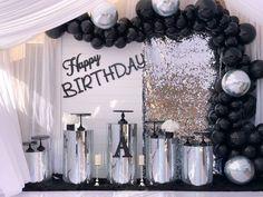Glamorous black and chrome birthday setup dessert table by 🖤 All black cake stands Dessert Stand, Dessert Tables, Black Cake Stand, Ribbon Cake, Steel Paint, Cake Stands, Amalfi, Chrome, Birthday Parties