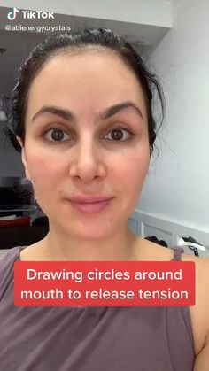 Beauty Skin, Hair Beauty, Hair Up Styles, Face Exercises, Glow Up Tips, Face Massage, Massage Techniques, Beauty Hacks, Beauty Tips