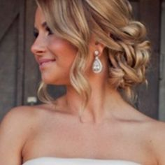 Love the curly messy bun! And it looks pretty with any style dress :)