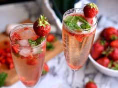 Summer Drinks, Cocktail Drinks, Cocktails, Mojito, Cantaloupe, Smoothies, Beverages, Fruit, Tableware