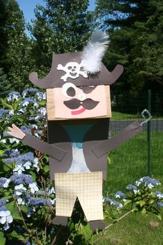 Paper pirate puppet will make great yard decorations for your outdoor movie party - A unique movie night theming idea from Southern Outdoor Cinema.