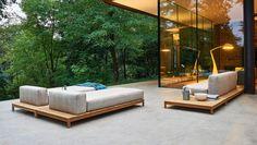 Sofa multifunktional. Für in-und outddor. Ermöglicht alle Kombinationen. Design: Alessandro Dubini by Varaschin
