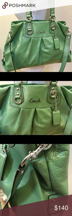 Gorgeous green Ashley coach bag -EUC In great condition Coach Bags Shoulder Bags