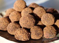 Nejlepší recepty na nepečené cukroví   NejRecept.cz Nutella, Dog Food Recipes, Sweets, Cookies, Desserts, Crack Crackers, Tailgate Desserts, Deserts, Gummi Candy