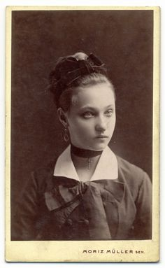 my-ear-trumpet:    Striking unknown lady. photographer: Moriz Müller senior - Wien.  http://www.flickr.com/photos/23912178@N08/7320506712/