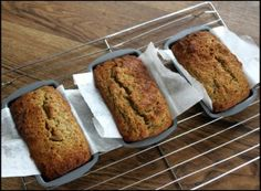 The quickest, easiest thermomix recipe for graine-free, paleo banana bread. Paleo Recipes, Low Carb Recipes, Whole Food Recipes, Cooking Recipes, Baby Recipes, Free Recipes, Paleo Dessert, Pan Paleo, Filet Mignon Chorizo