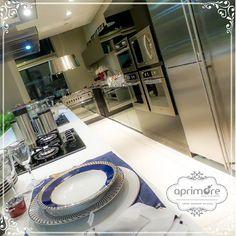 A arte de vestir a mesa e projetar sua cozinha com as grandes marcas mundialmente famosas você encontra na aprimore. .. .#aprimoreeletro #listadecasamento#vestiramesa #luxo