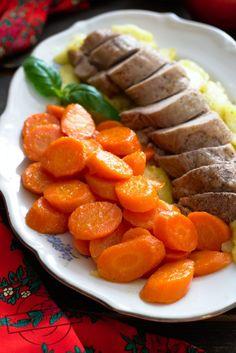 Polędwiczka wieprzowa z jabłkami + glazurowana marchewka – Smaki na talerzu Carrots, Sausage, Vegetables, Dinner Ideas, Food, Cooking, Sausages, Essen, Carrot