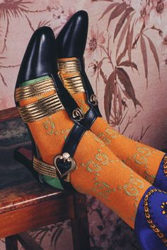 Gucci's Cruise 2018 Ad Campaign Takes Us On A Laid-Back Roman Holiday – Best Holiday Shoes Editorial, Editorial Fashion, Gucci Fashion, Fashion Shoes, Fast Fashion, Alessandro Gucci, Alessandro Michele, Gucci Sylvie, Roman Holiday