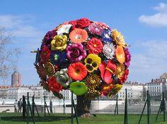 Flower tree art in Bellecour sur cour, Lyon