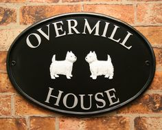 Overmill House. Black oval sign with 2 Scottie dog motifs with silver letters. www.rockartisansigns.co.uk House Signs, English House, Scottie Dog, Home Crafts, Decorative Plates, Letters, Traditional, Boys, Silver