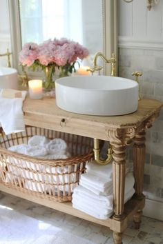 Shabby chic Home decor Elegant French cottage bathroom renovation peek & why I am in love already French Country Bedrooms, French Country Cottage, French Country Style, Country Bathrooms, Chic Bathrooms, Country Chic, Rustic Style, French Cottage Kitchens, Cottage Style Bathrooms