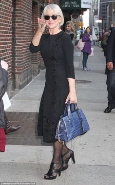 She may be years old. But Helen Mirren was living proof that glamour is timeless when she stepped out in New York City on Monday… Mature Fashion, Older Women Fashion, 60 Fashion, Over 50 Womens Fashion, Fashion Over 50, Trendy Fashion, Fashion Outfits, Fashion Tips, Fashion 2018