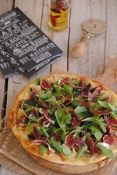 Cocinando con Neus: Pizza de higos con queso azul y jamón ibérico