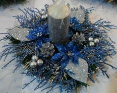 Christmas Center Piece is about inches in diameter. Ideal for a Dining Room table or Coffee Table or Fireplace Mantel. Includes a glittered silver 4 inch pillar candle. Other colours available upon request - conversation me with details. Turquoise Christmas, Blue Christmas Decor, Office Christmas, Rustic Christmas, Christmas Crafts, Christmas Candle Decorations, Christmas Candles, Winter Wedding Centerpieces, Xmas Wreaths