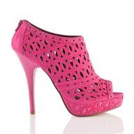 like http://fashionistatrends.com/shoe-lust/