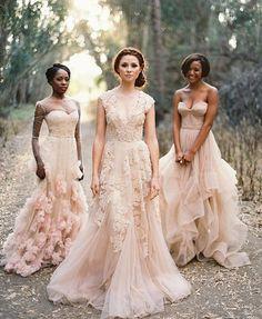 vestido de noiva cor de rosa