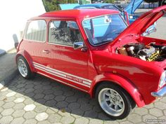 Classic Mini, Classic Cars, Auto Mini, Automobile, Mini Copper, John Cooper Works, Ford, Mini Clubman, Mini S