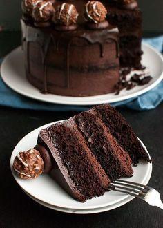 Triple Dark Chocolate Cake - chocolate cake filled with the best . - Triple Dark Chocolate Cake – Chocolate cake filled with the best … – Baking – bake - Dark Chocolate Cakes, Chocolate Desserts, Dark Chocolate Ganache Recipe, Chocolate Truffle Cake, Chocolate Bowls, Chocolate Cupcakes, Chocolate Cake Fillings, Chocolate Buttercream Cake, Triple Layer Chocolate Cake