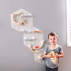 The simplest marble run you could ever assemble — just stick the mat to the wall and start creating the greatest marble run ever! More pieces, more possibilities!