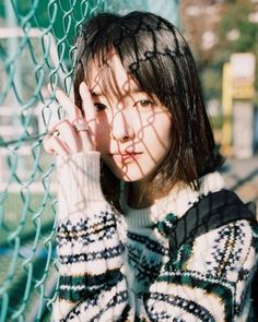 Like Beauty Life fo Keep Cover Creative Portrait Photography, Photography Poses Women, Creative Portraits, Japanese Photography, Foto Pose, Hair Photo, Girl Photos, Ulzzang Girl, Beauty