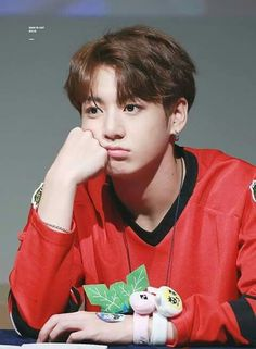 #bts #jungkook #kookie omg he's actually sooo adorable and he's older than me... i can't~