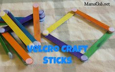 Easy DIY to keep your kids busy for a long time (perfect for quiet time or a car trip)
