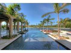 I love this pool at this Grey Oaks home in Naples, FL.  #NaplesFL