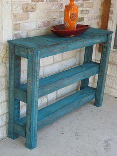 19 Pallet Furniture Ideas | DIY to Make-Pallet Wood Sofa Side Table
