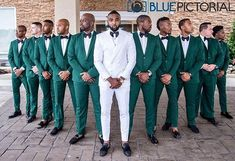 Emerald Green Weddings Groomsmen ` Weddings Groomsmen - New Ideas Country Wedding Groomsmen, Groomsmen Wedding Photos, Groom And Groomsmen Attire, Wedding Poses, Wedding Ideas, White Tuxedo Wedding, Green Wedding Suit, Wedding Suits, Wedding Tuxedos