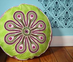 crochet cushion pattern, for sale on etsy (5$)