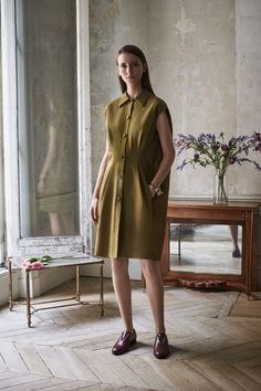Lanvin Resort 2017 Collection Photos - Vogue