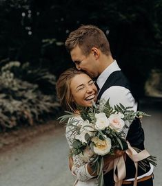 wedding pictures poses bride and groom, wedding picture ideas bride and groom, bride and groom pictures romantic Wedding Goals, Wedding Pictures, Wedding Planning, Candid Wedding Photos, Groom Pictures, Family Pictures, Perfect Wedding, Dream Wedding, Wedding Day