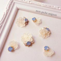 私の可愛いわがまま ブルーオパール Minne, Pearl Earrings, Pearls, Jewelry, Pearl Studs, Jewels, Schmuck, Jewerly, Beaded Earrings