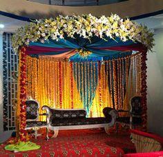 Pakistani Mehndi Decoration