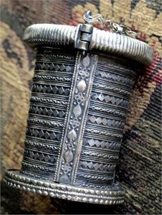 Hauntingly beautiful old Nas Kurai Tribal Cuff Bracelet from the Hindu Kush along the Khyber Pass at the base of the Himalayas. This area was along the ancient Silk Road trade routethat providedinfluences from both East and West. This gorgeous bracelet was handcrafted in the early to mid 1900's by tribal jewelry artisans.