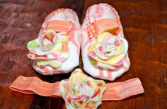 Baby booties that celebrate a precious life. by LaVieEstPrecieuse