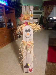 Where to Find Wood for Your Wood Crafts Wooden Scarecrow # # Ideas Fall Wood Crafts, Autumn Crafts, Thanksgiving Crafts, Wooden Crafts, Holiday Crafts, Diy And Crafts, Wooden Halloween Crafts, Scarecrow Crafts, Fall Scarecrows