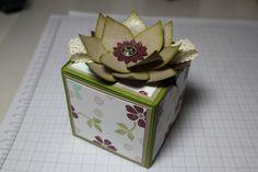 Blume/Seerose basteln mit den Framelits Formen Christbaumschmuck/Ornament Keepsakes, Bild13, gebastelt mit Produkten, Stempeln und Stanzen von Stampin' Up!