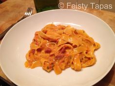 Creamy chorizo pasta, really easy and delicious Thermomix TM31 recipe / Pasta cremosa con chorizo, receta facilísima y riquísima con la Thermomix TM31