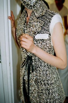 girlannachronism:  Maison Martin Margiela fall 2012 couture backstage