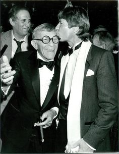CA9 1986 John Denver Kissing The Head Of Cigar Smoking George Burns Orig. Photo in Collectibles, Photographic Images, Contemporary (1940-Now), Other Contemporary Photographs | eBay