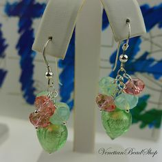 Ready for Summer? Make these Murano Glass Hearts matched with contrasting Swarovski 5040 Crystals. Free Instructions: http://www.venetianbeadshop.com/Mint-Green-Hearts-and-Swarovski-Earrings_c_1310.html
