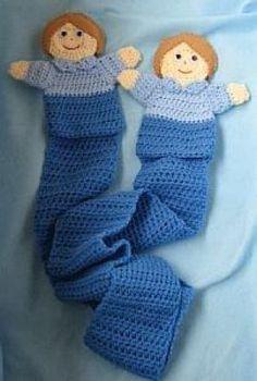Boy puppet scarf