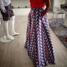 Adoramos!! Saia linda da estilista Roselyn Silva, Portugal.