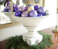 Trash to Holiday Treasure: Display Your Christmas Ornaments DIY I need to start saving the broken ones Christmas Staircase, Diy Christmas Garland, Christmas Mantels, Holiday Ornaments, Holiday Crafts, Christmas Decorations, Christmas Displays, Advent Wreaths, Glitter Ornaments